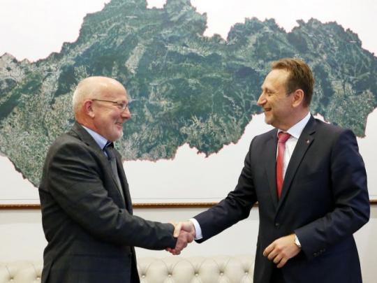 Agrorezort: Do zboru poradcov ministra pribudol špičkový odborník na pestovanie a ochranu lesa z Nemecka